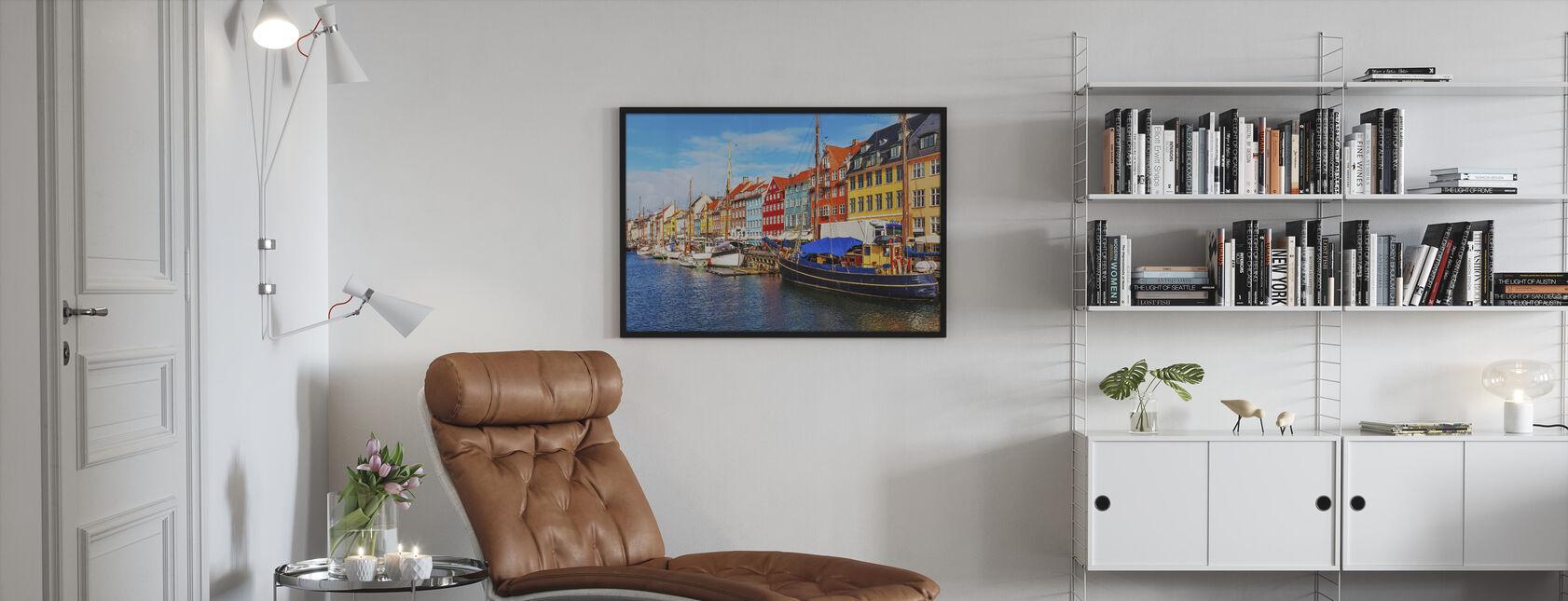 Kesänäkymä Nyhavn laituri - Kehystetty kuva - Olohuone