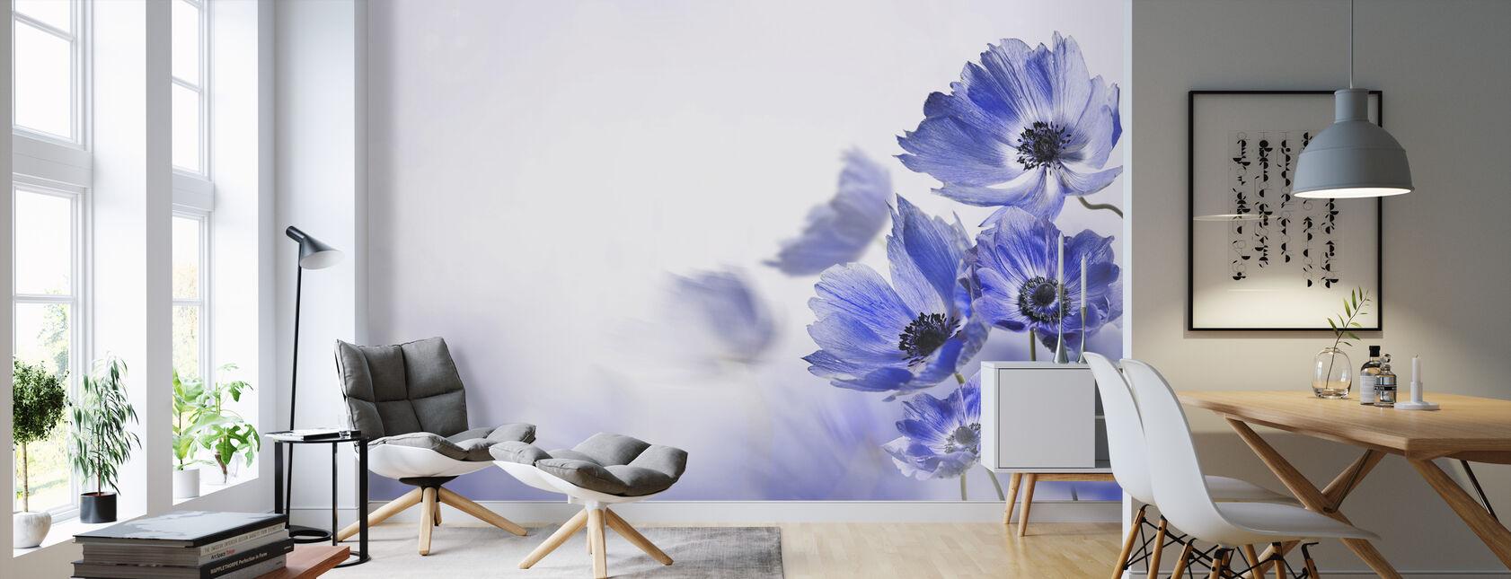 Glödande blå blommor - Tapet - Vardagsrum