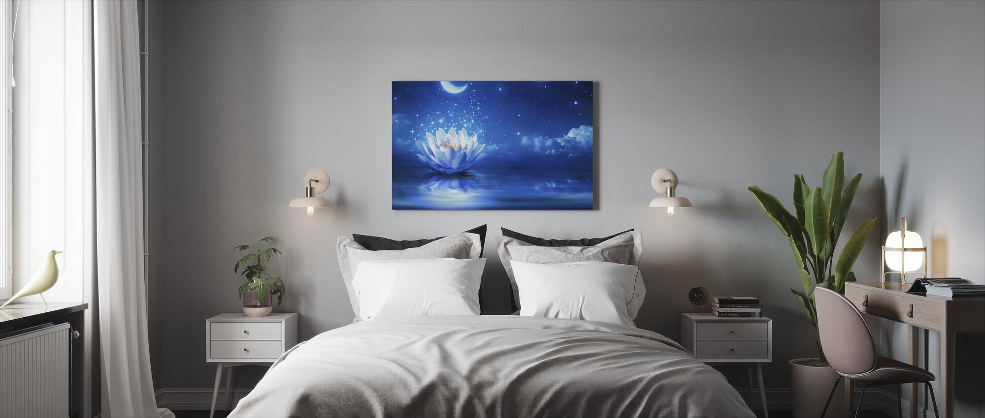Waterlily Moon - Canvas print - Bedroom