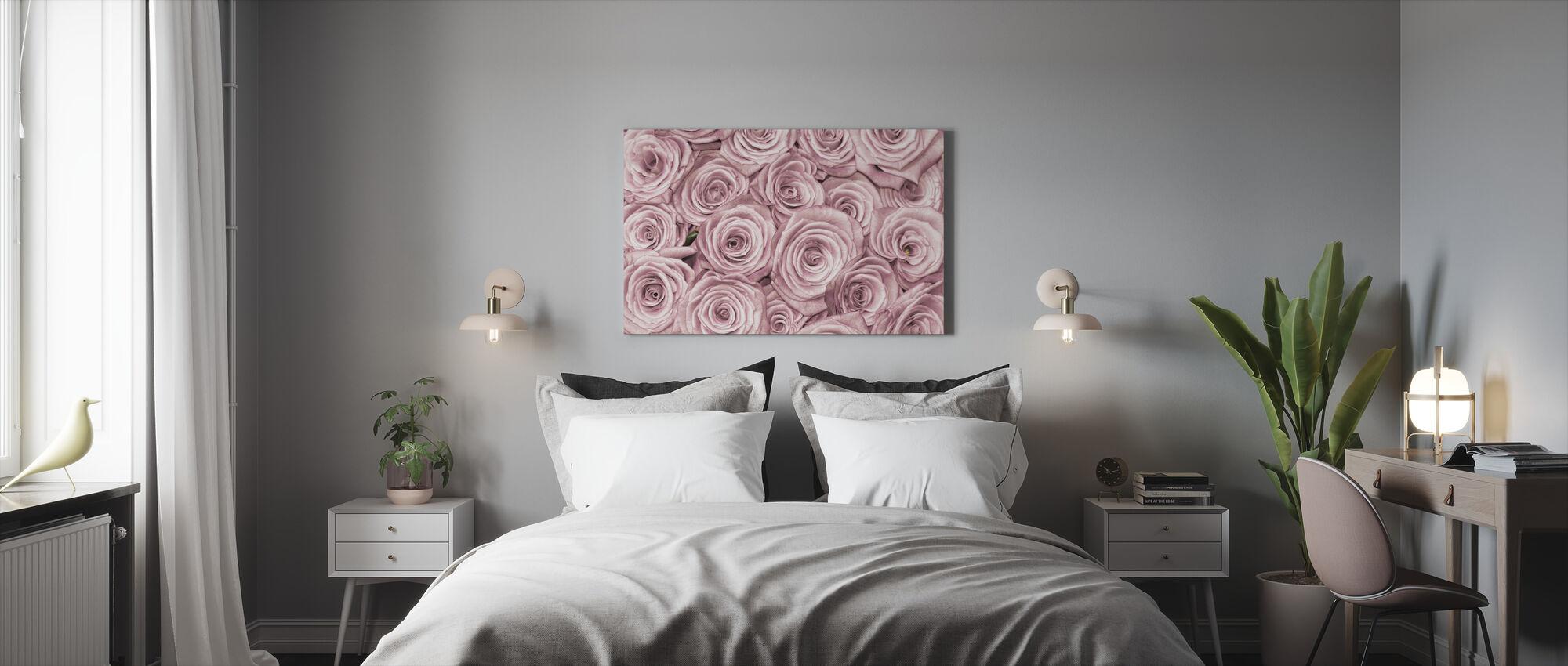 Vegg av roser - Lerretsbilde - Soverom