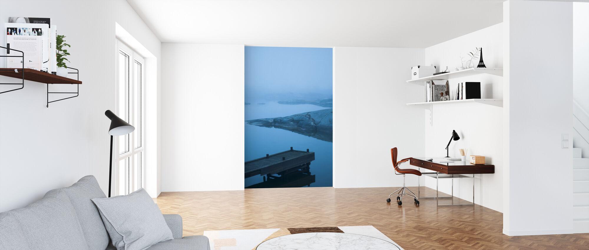 Blå strandpromenad i Uppland, Sverige, Europa - Tapet - Kontor