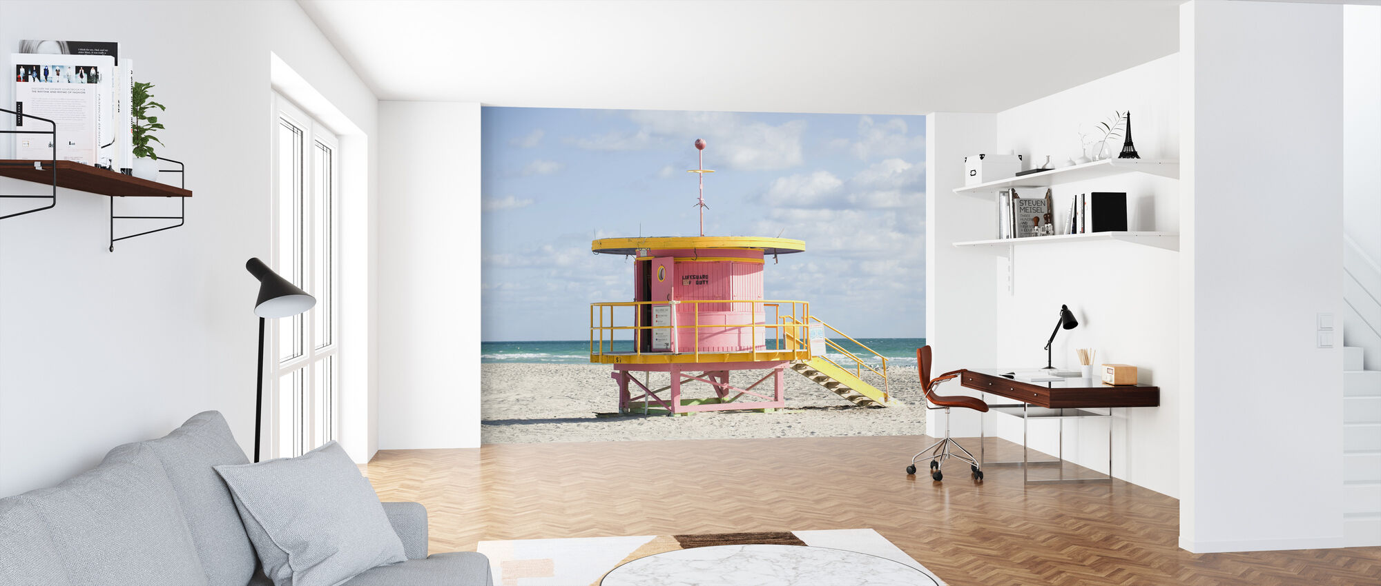 Lifeguard Tower in Miami, USA - Wallpaper - Office