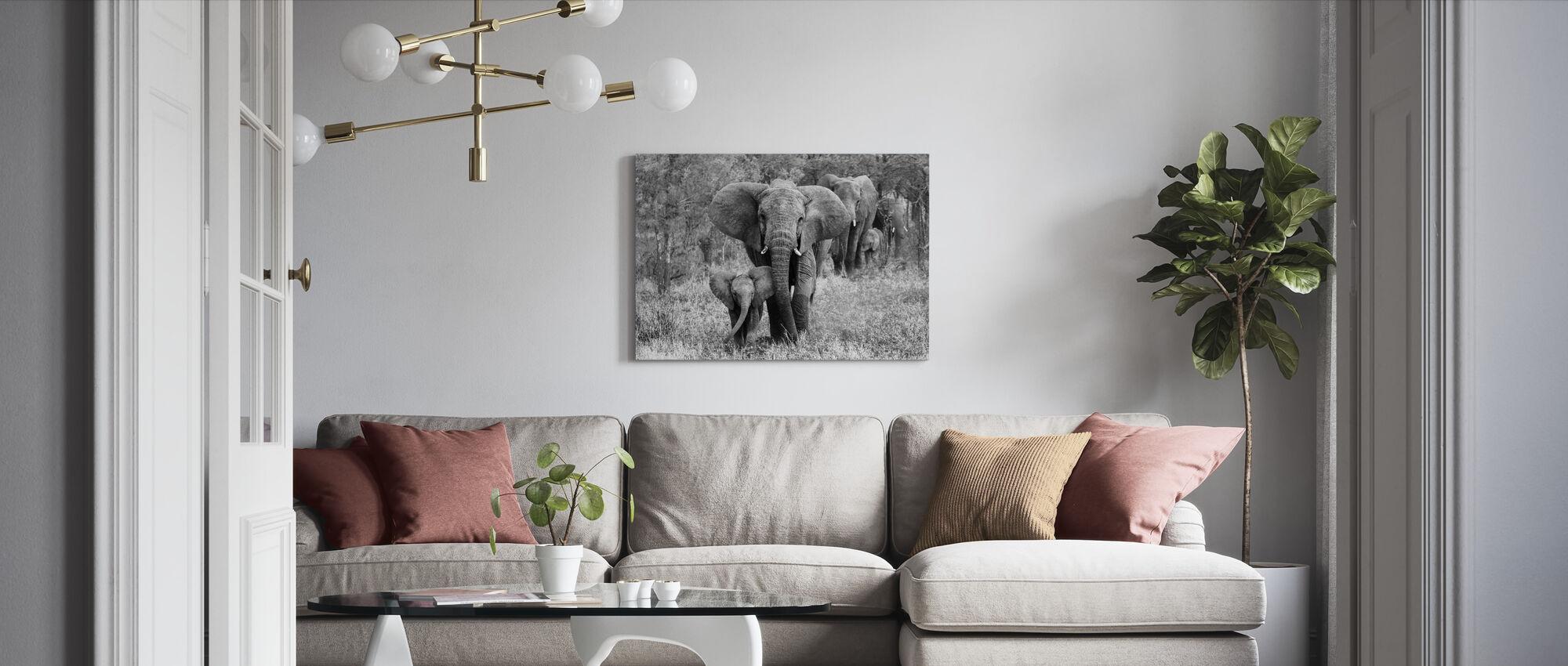 Elefamily, musta ja valkoinen - Canvastaulu - Olohuone