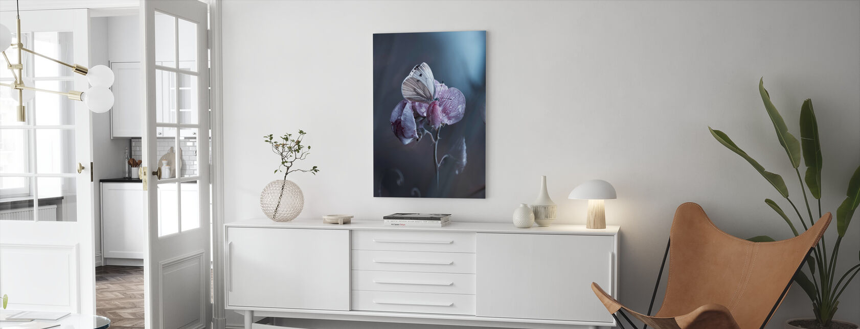 Tainted Love - Canvas print - Living Room