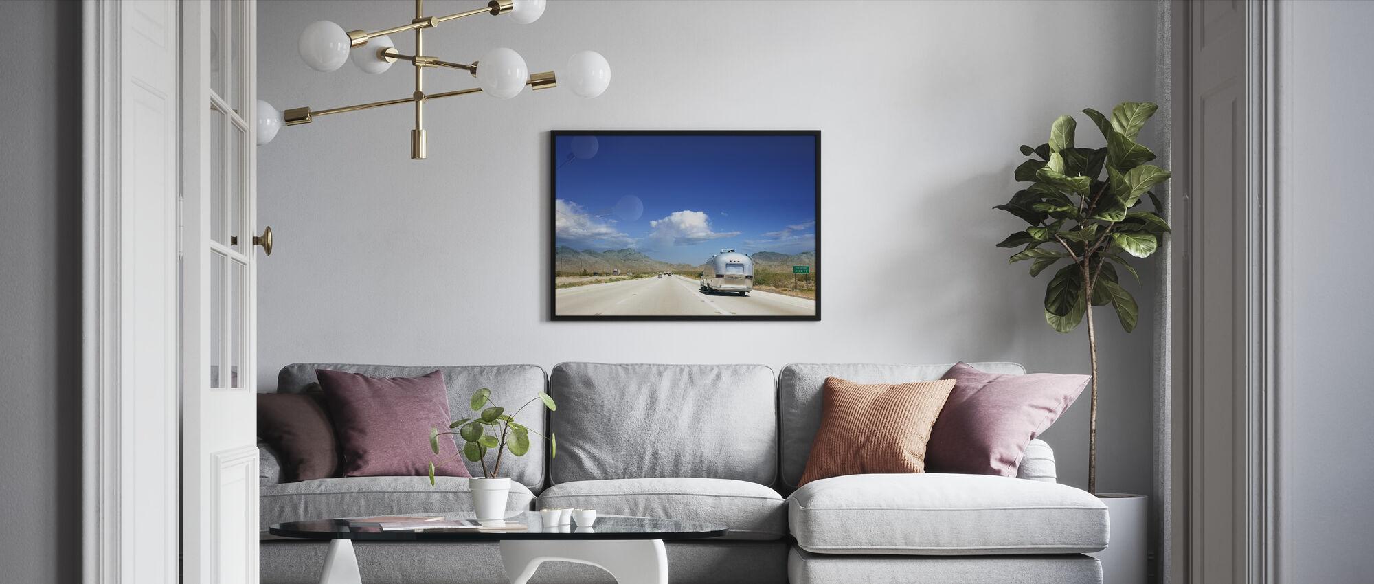 Caravan in Nevada, USA - Framed print - Living Room