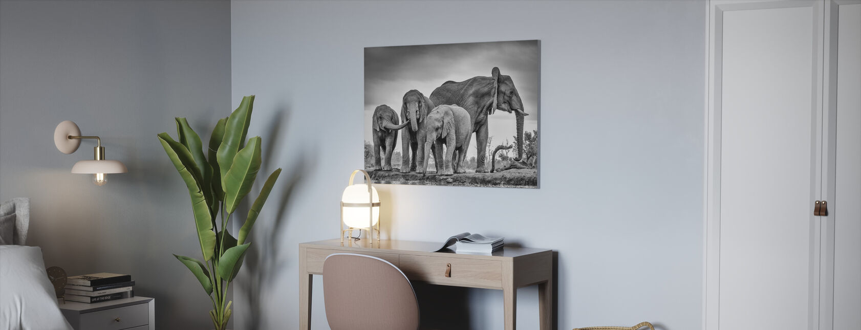 A Giant Unity, black and white - Canvas print - Office