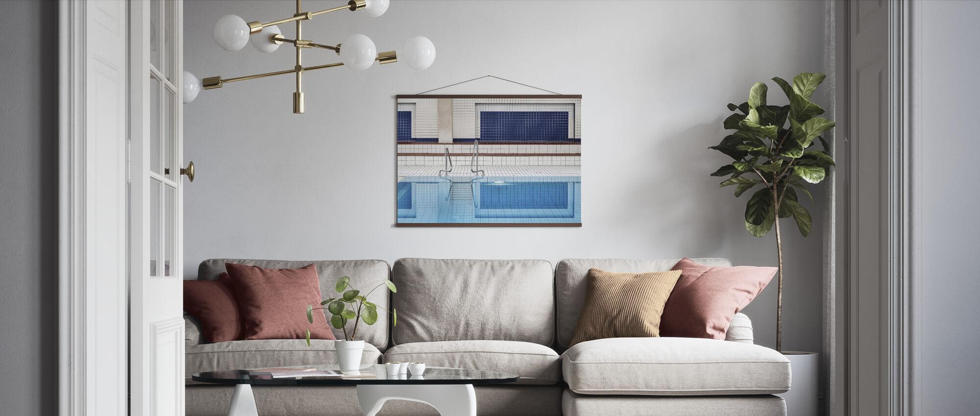 Simning - Poster - Vardagsrum