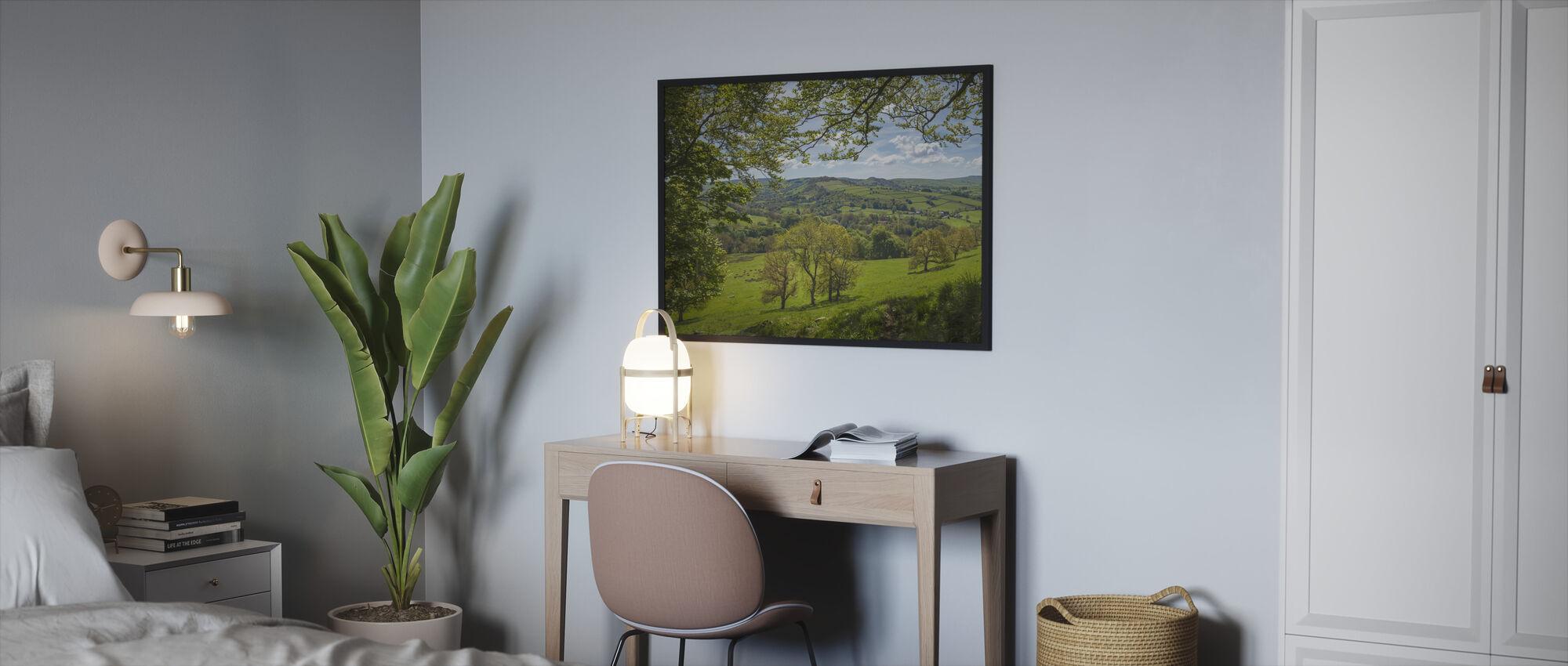English Country Scene - Framed print - Bedroom