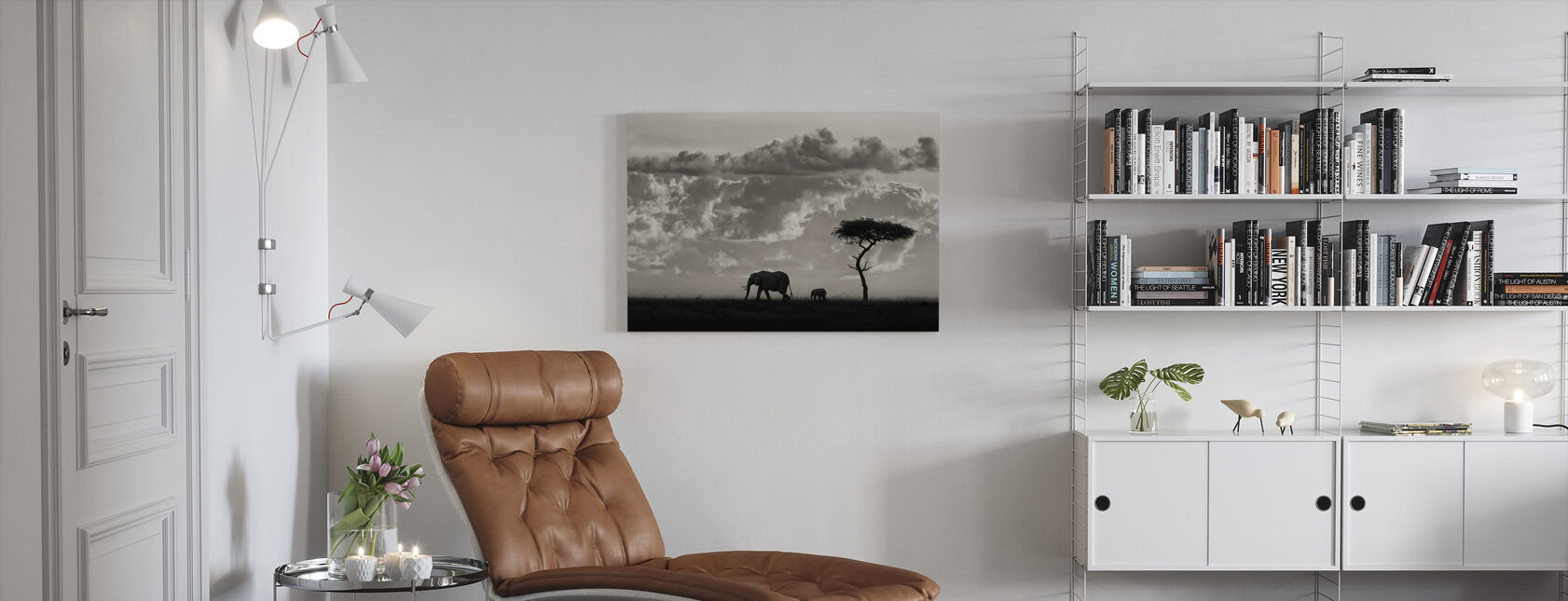 Silhouettes of Mara, black and white - Canvas print - Living Room