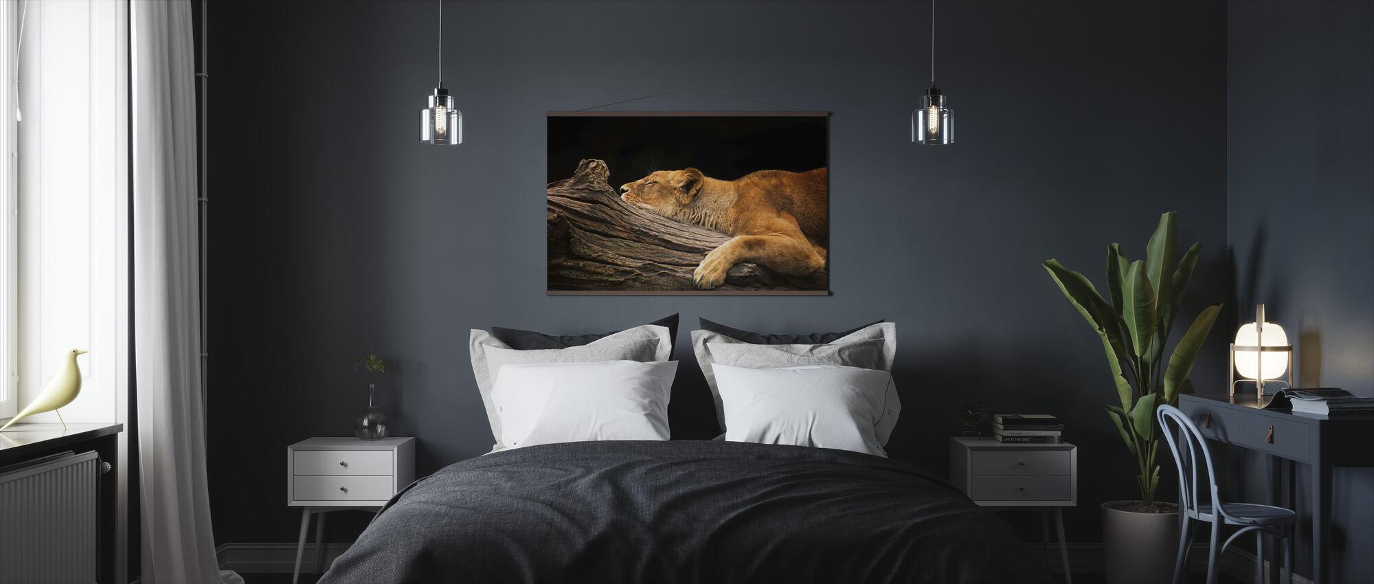 Løve på logg - Plakat - Soverom