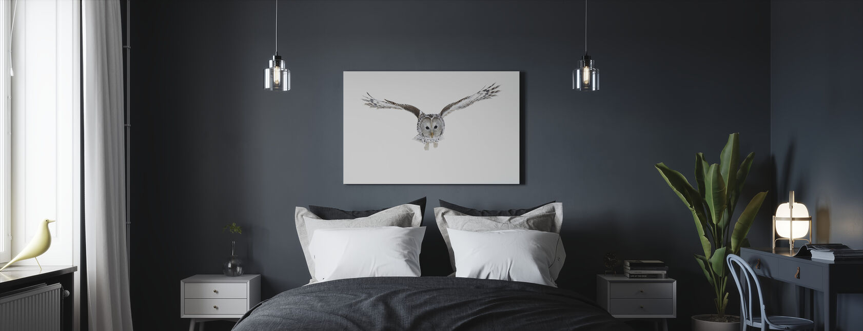Flying Owl - Canvas print - Bedroom
