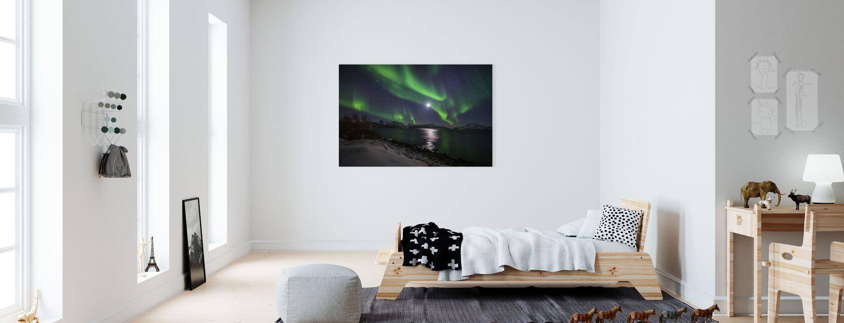 Norra Ljus över Troms kust, Norge - Canvastavla - Barnrum