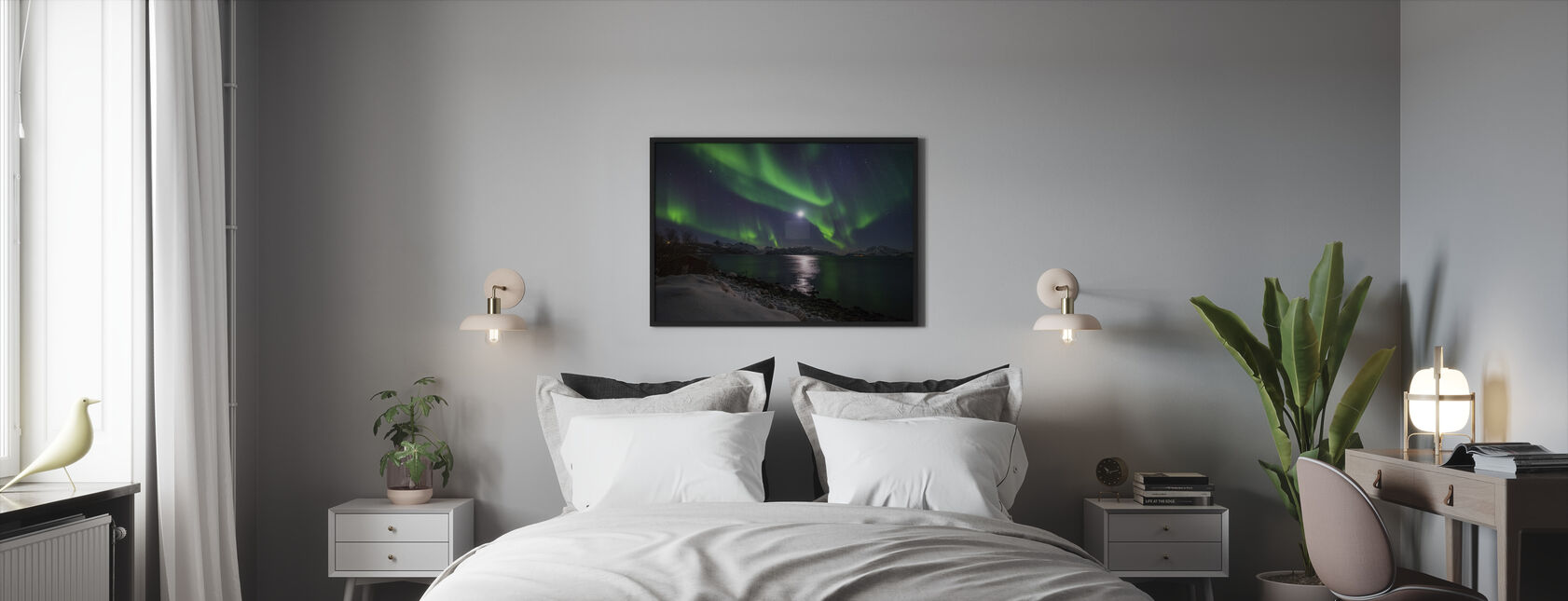 Northern Light over Troms Coast, Norway - Framed print - Bedroom