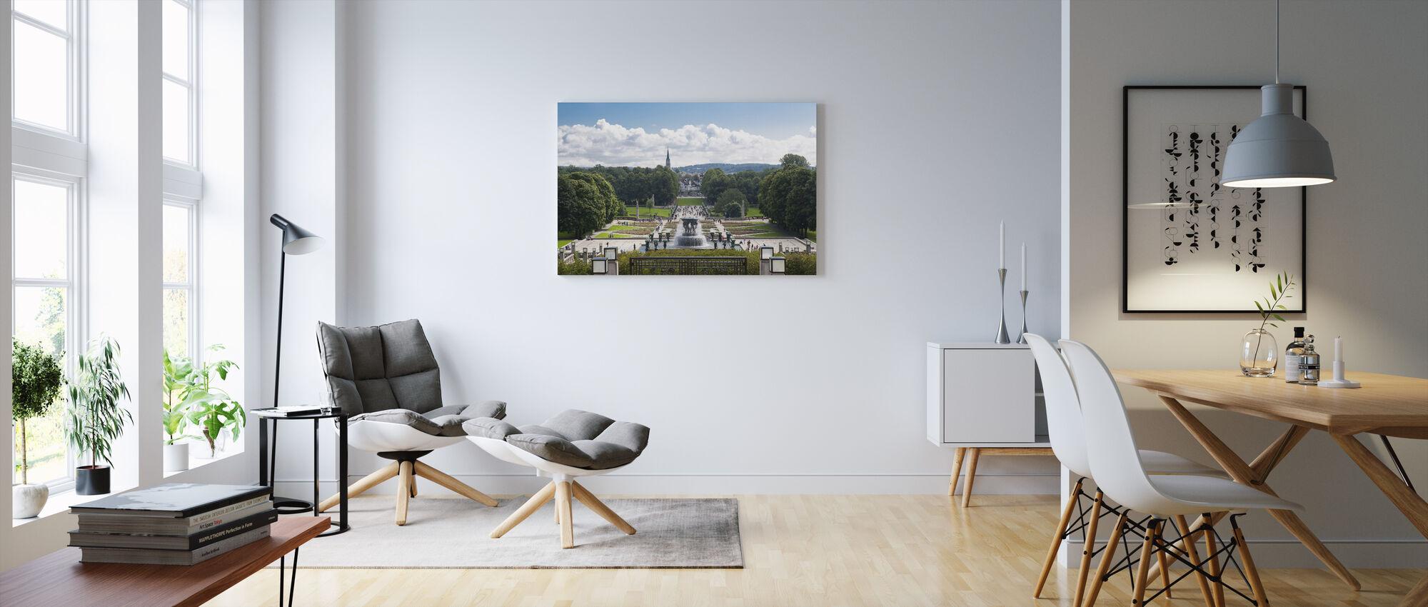 Vigelandin veistospuisto Oslossa, Norja - Canvastaulu - Olohuone