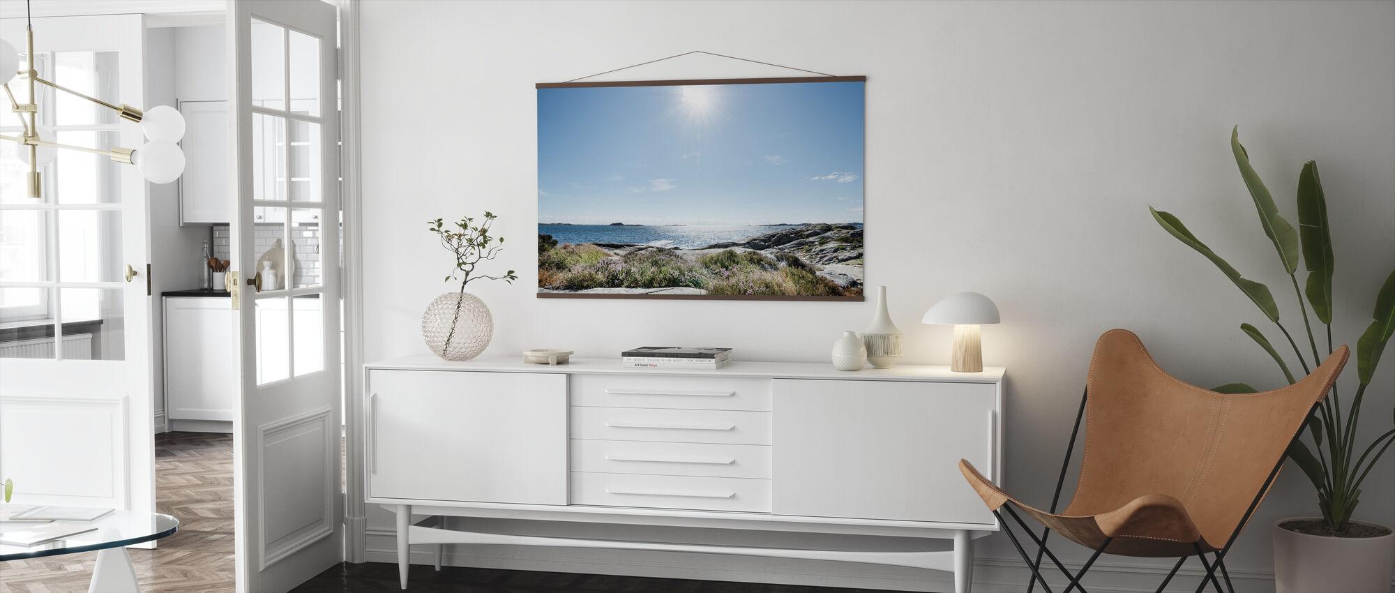 Meri kirkkaassa auringonvalossa, Etelä-Norja - Juliste - Olohuone