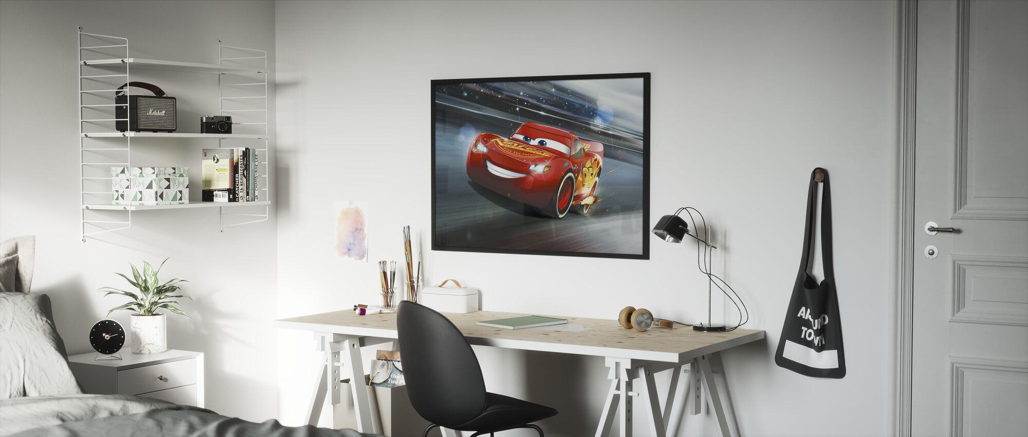 Autot 3 - Salama McQueen - Raidan legenda - Kehystetty kuva - Lastenhuone