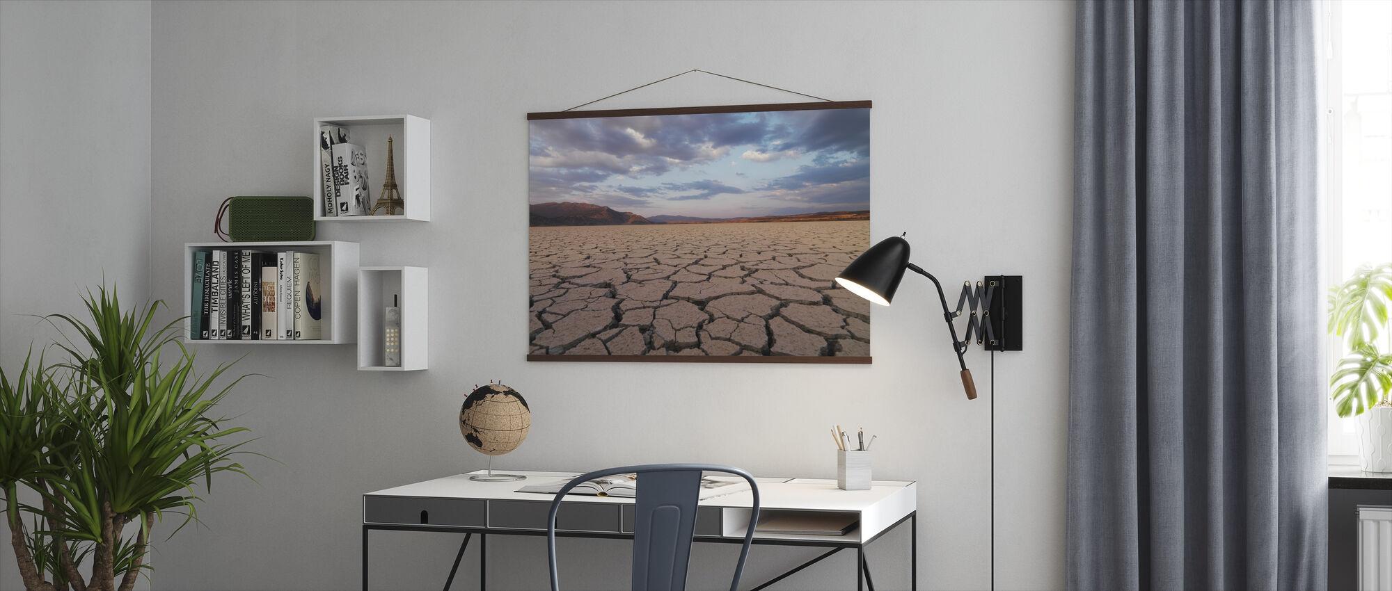 I den tyrkiske ørkenen - Plakat - Kontor