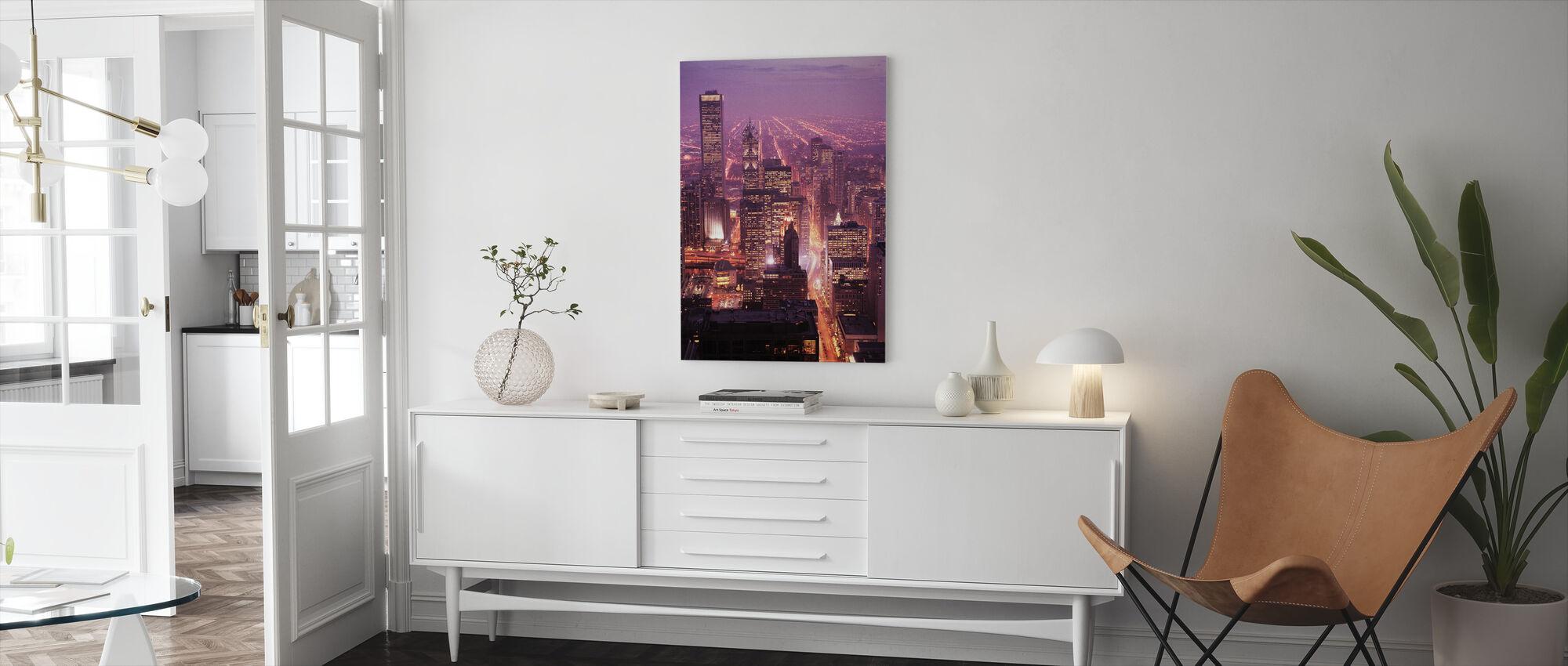Violainen Chicago - Canvastaulu - Olohuone