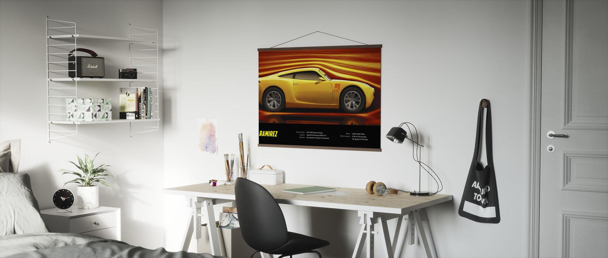 Cars 3 - Cruz Ramirez - Tekniset tiedot - Juliste - Toimisto