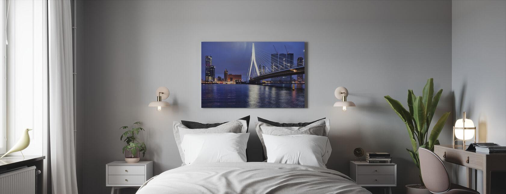 Stad Rotterdam bij Nacht - Canvas print - Slaapkamer