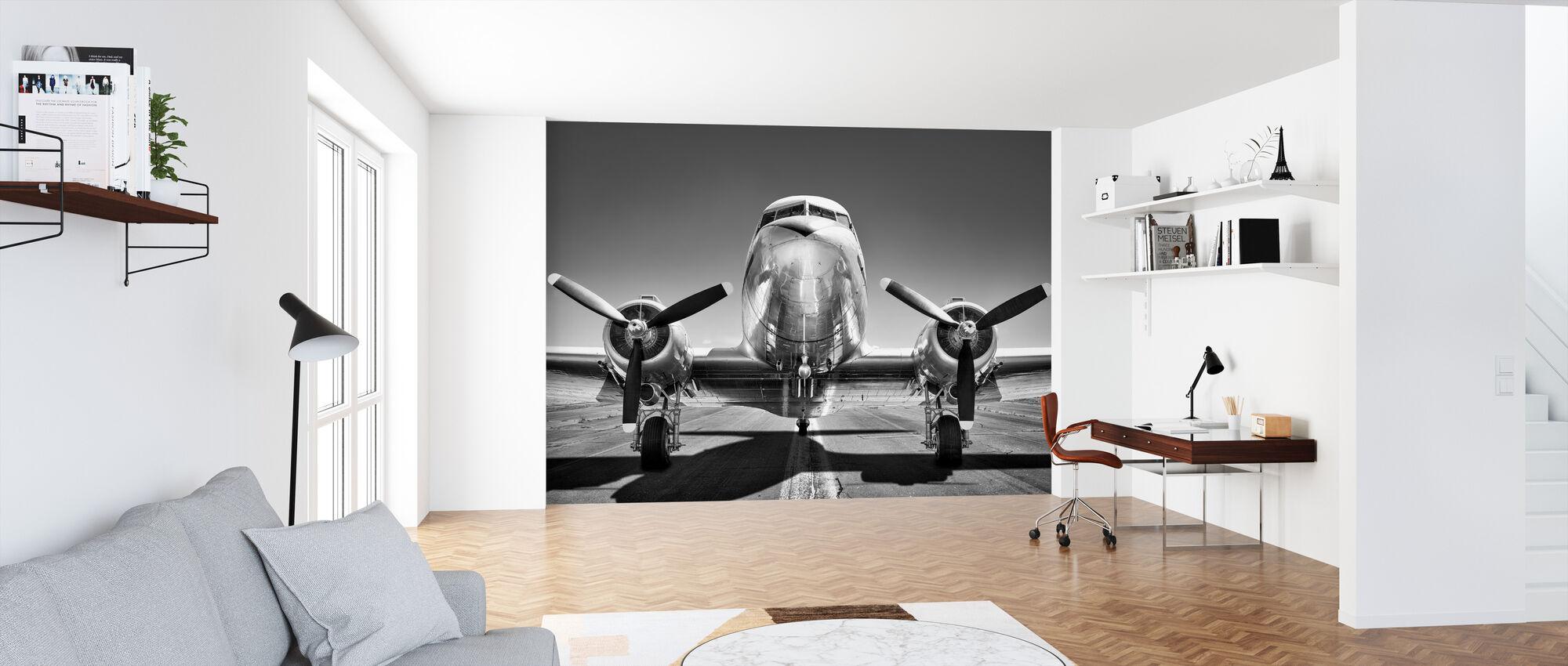 Vintage Flygplan på en bana, svart och vitt - Tapet - Kontor