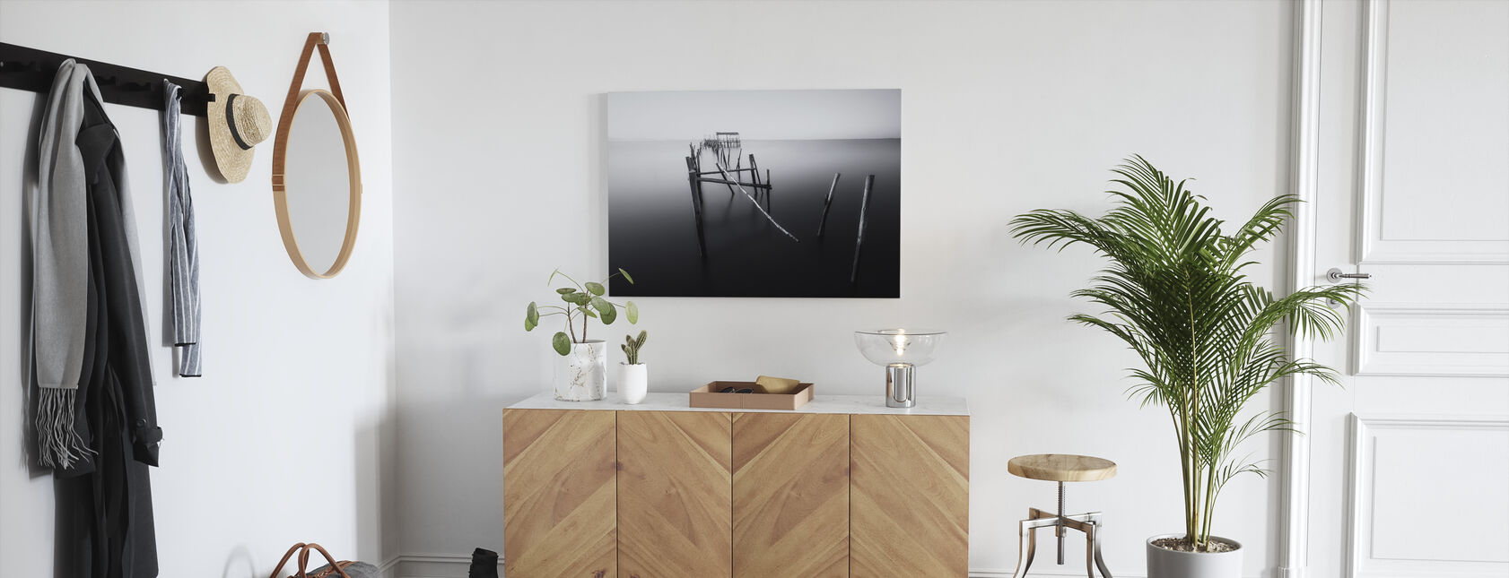 Carrasqueira, Floating Lands, black and white - Canvas print - Hallway