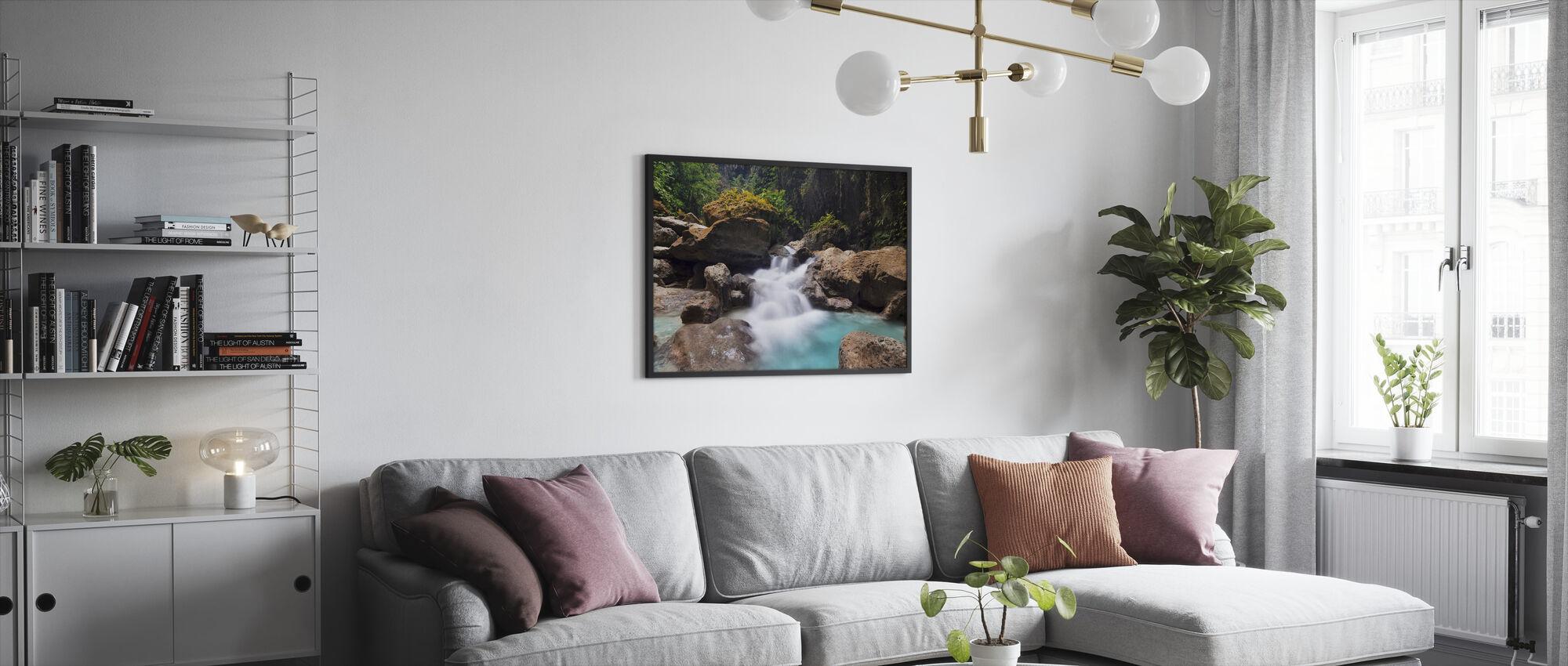 Canyon Kawasan Fallsissa I - Kehystetty kuva - Olohuone