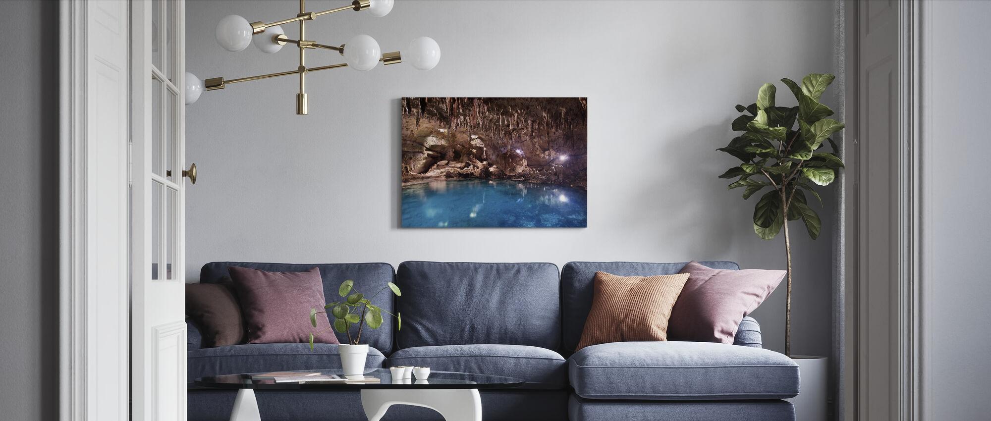 Hinagdanan Cave Pool - Canvastaulu - Olohuone