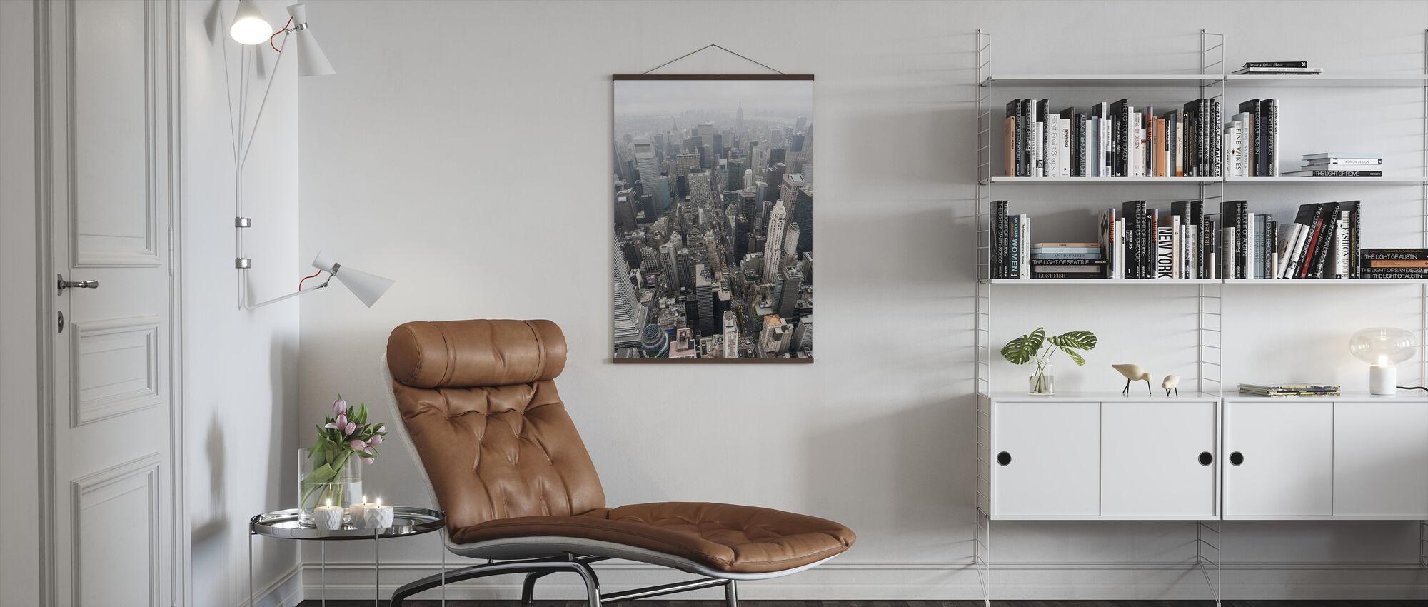 Op zoek naar Manhattan - Poster - Woonkamer