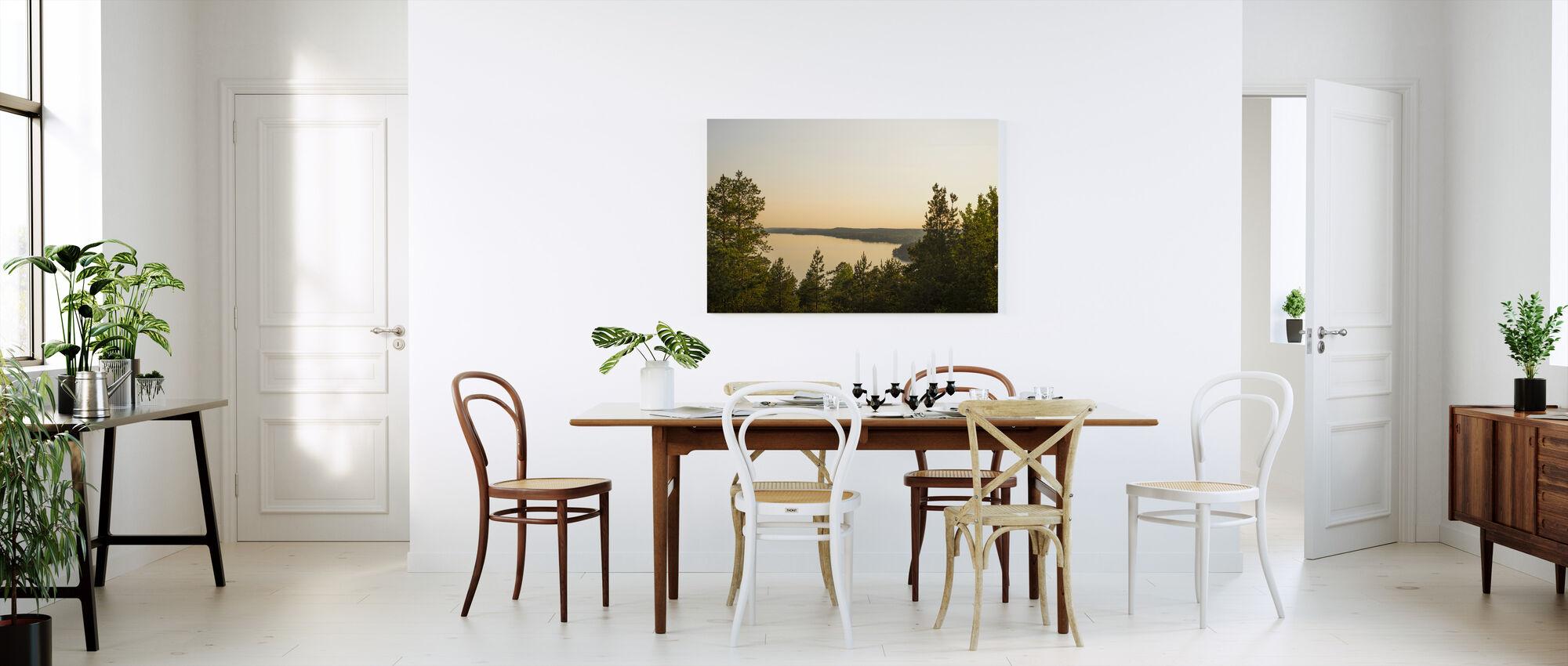 Näkymä yli Birkaland - Canvastaulu - Keittiö