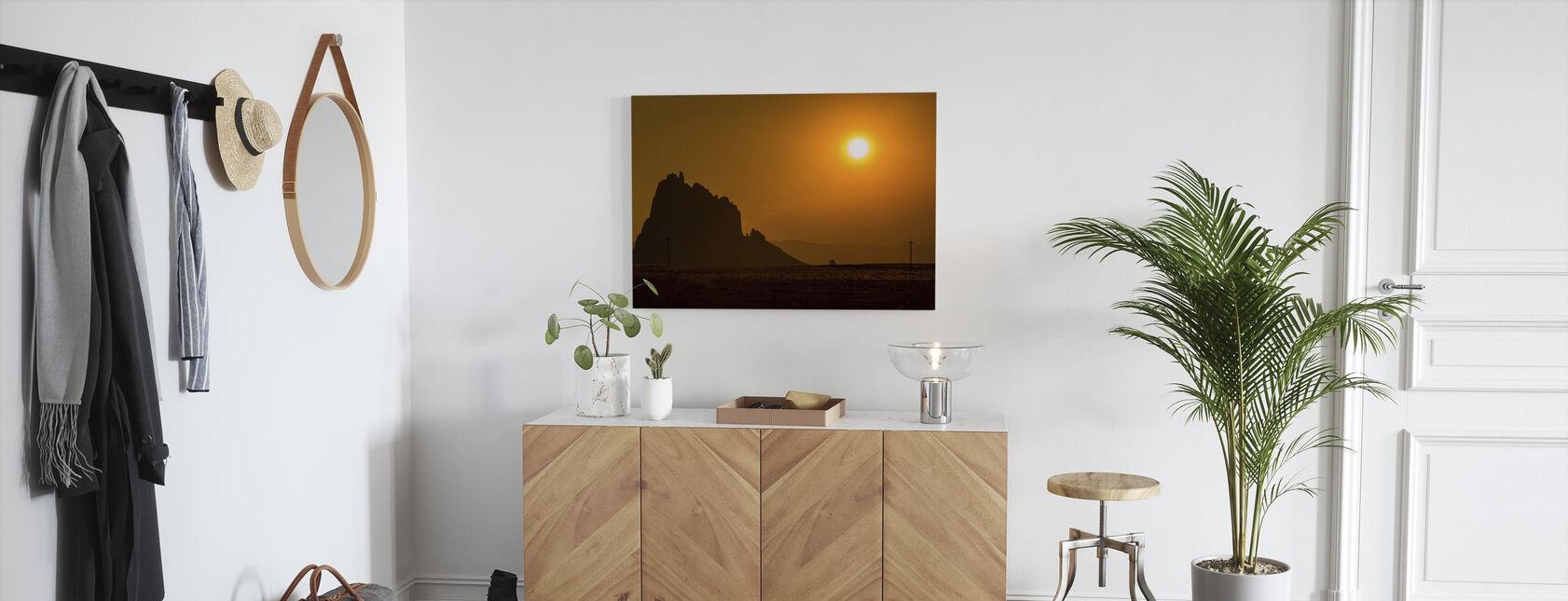 Shiprock ved solnedgang - Lerretsbilde - Gang