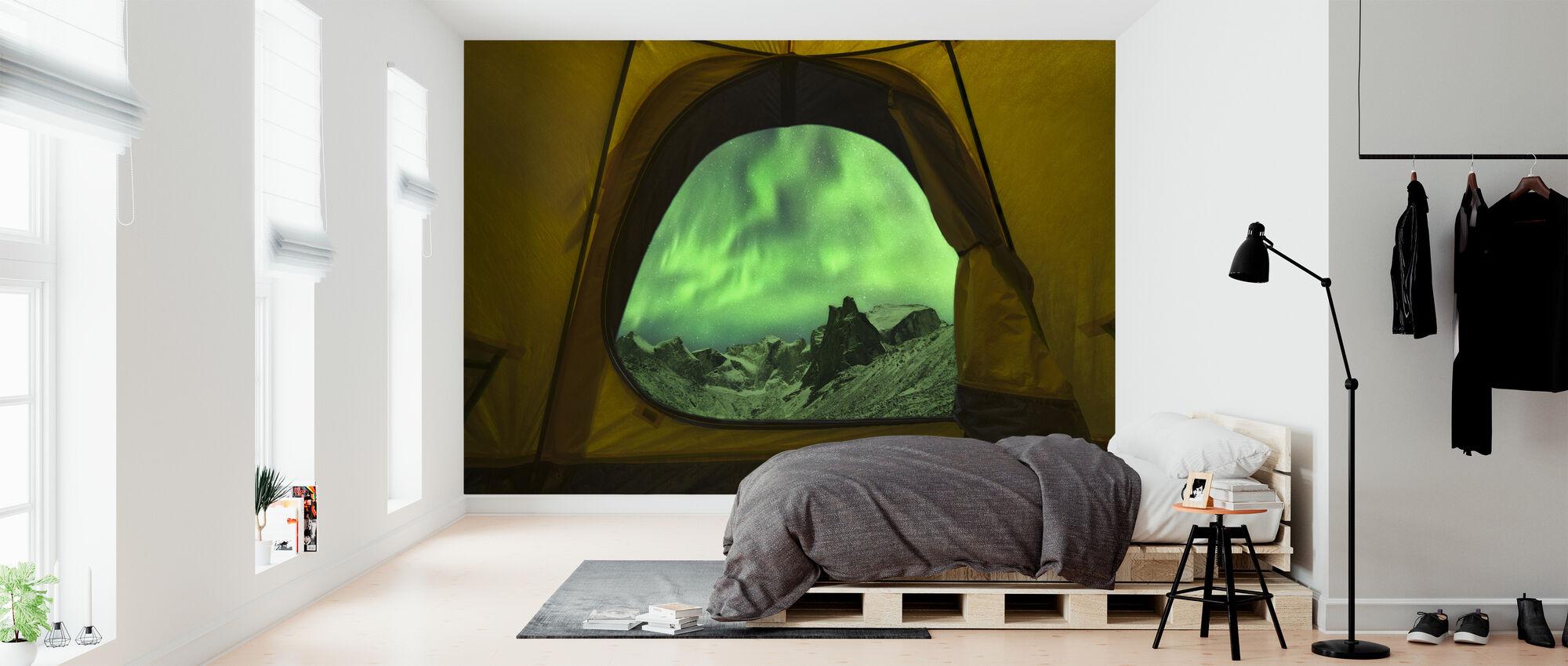 Aurora Borealis nähty teltasta, Alaska - Tapetti - Makuuhuone