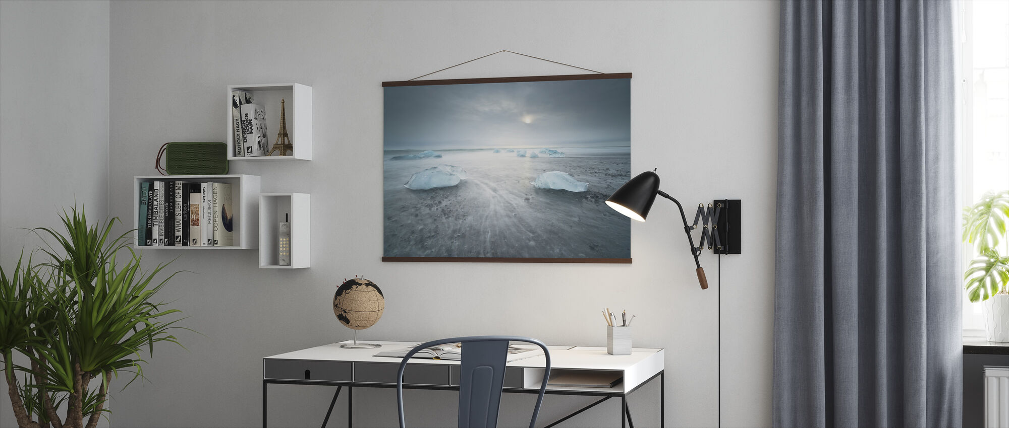 Low Tide - Poster - Office