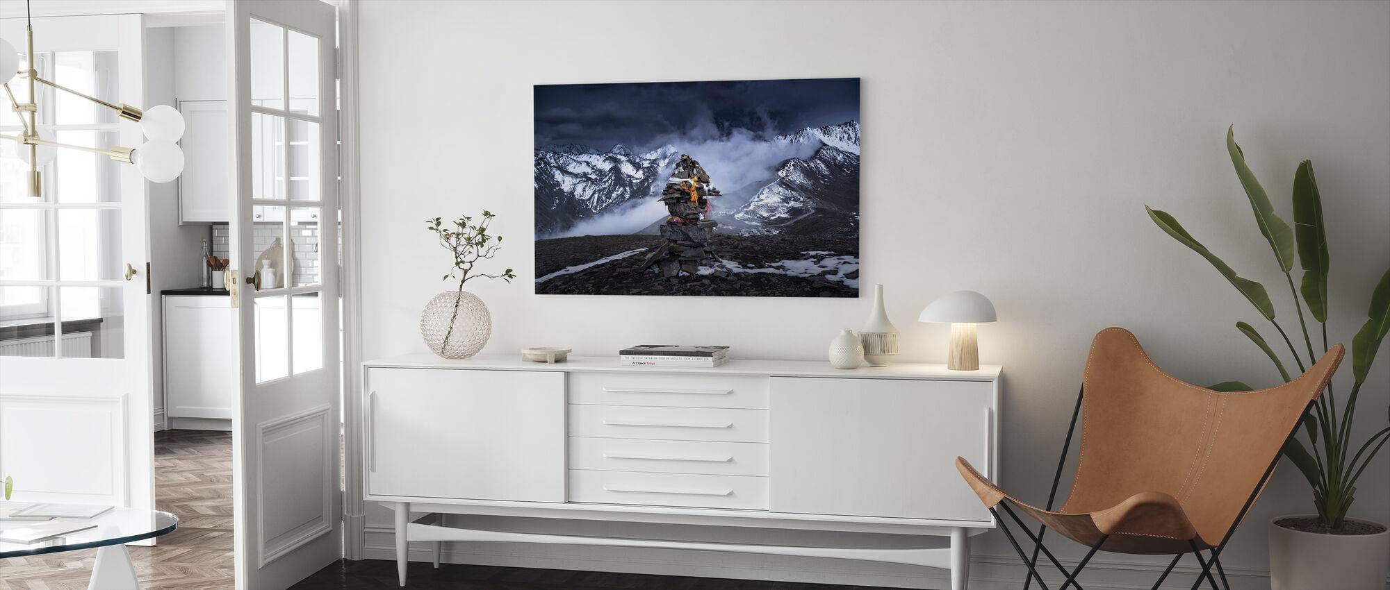 Marnyi Stone - Canvas print - Living Room