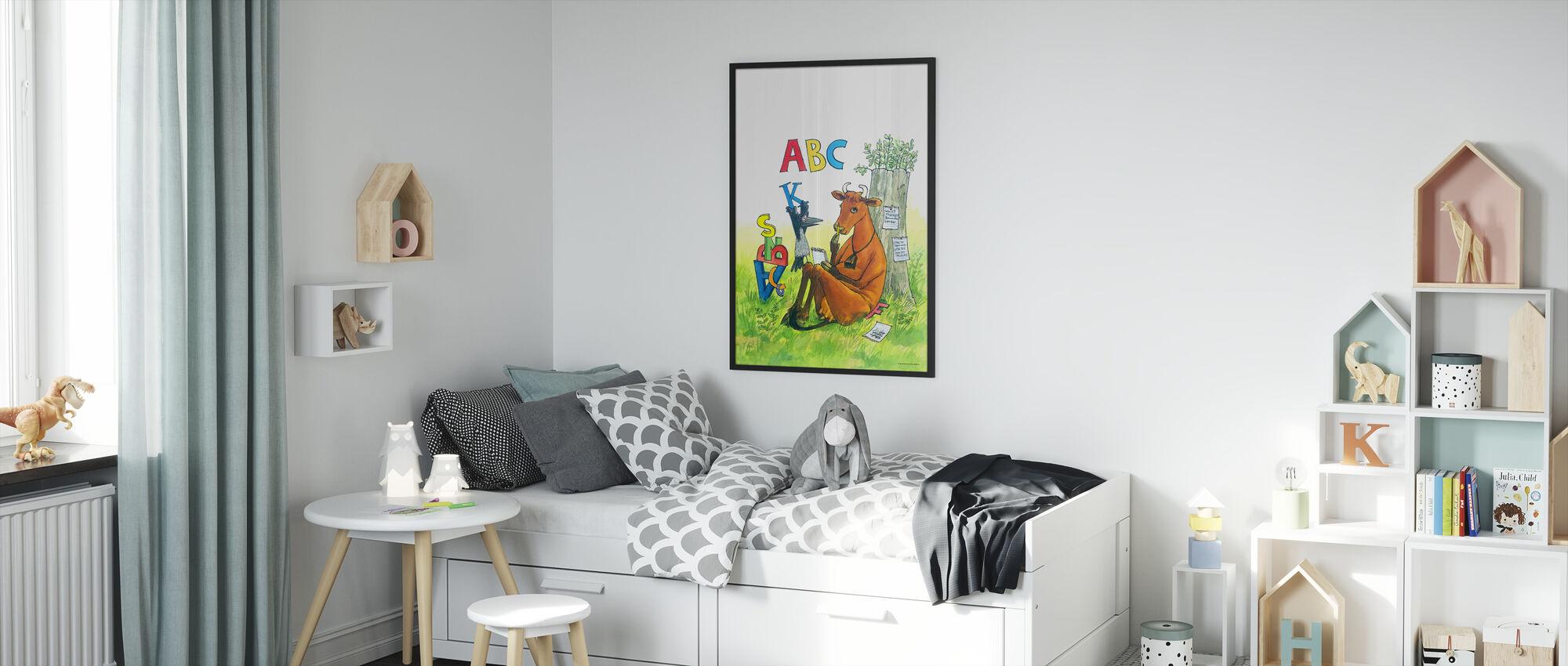 Äiti Mu & Varis - Äiti Mu ABC - Kehystetty kuva - Lastenhuone