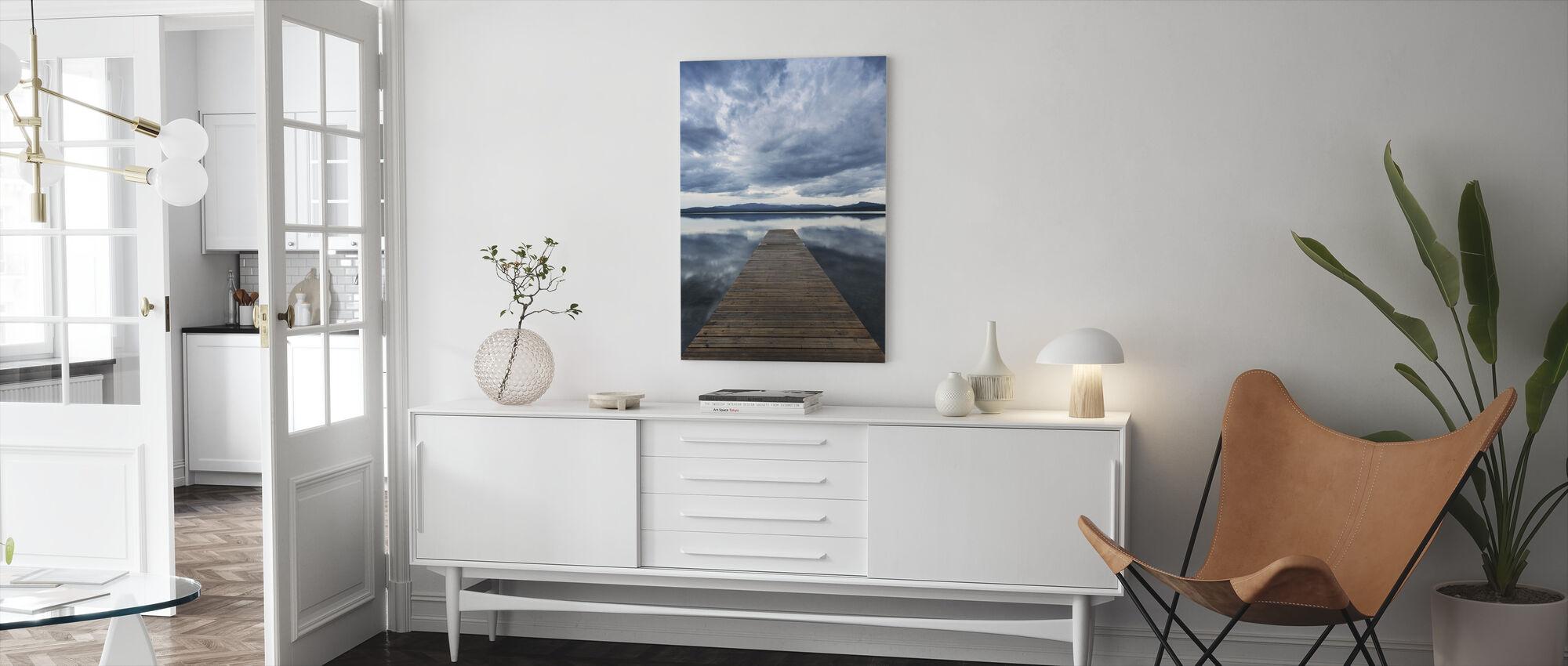 Laituri pilvinen - Canvastaulu - Olohuone