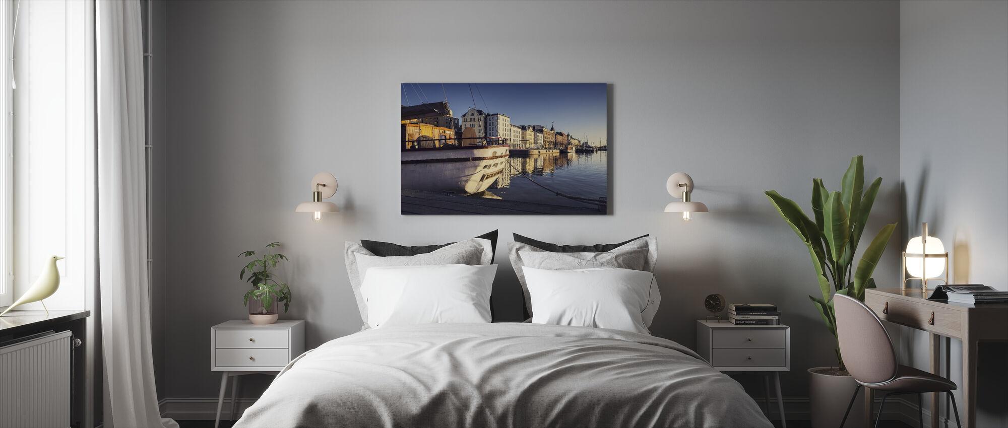 Old Harbor - Canvas print - Bedroom