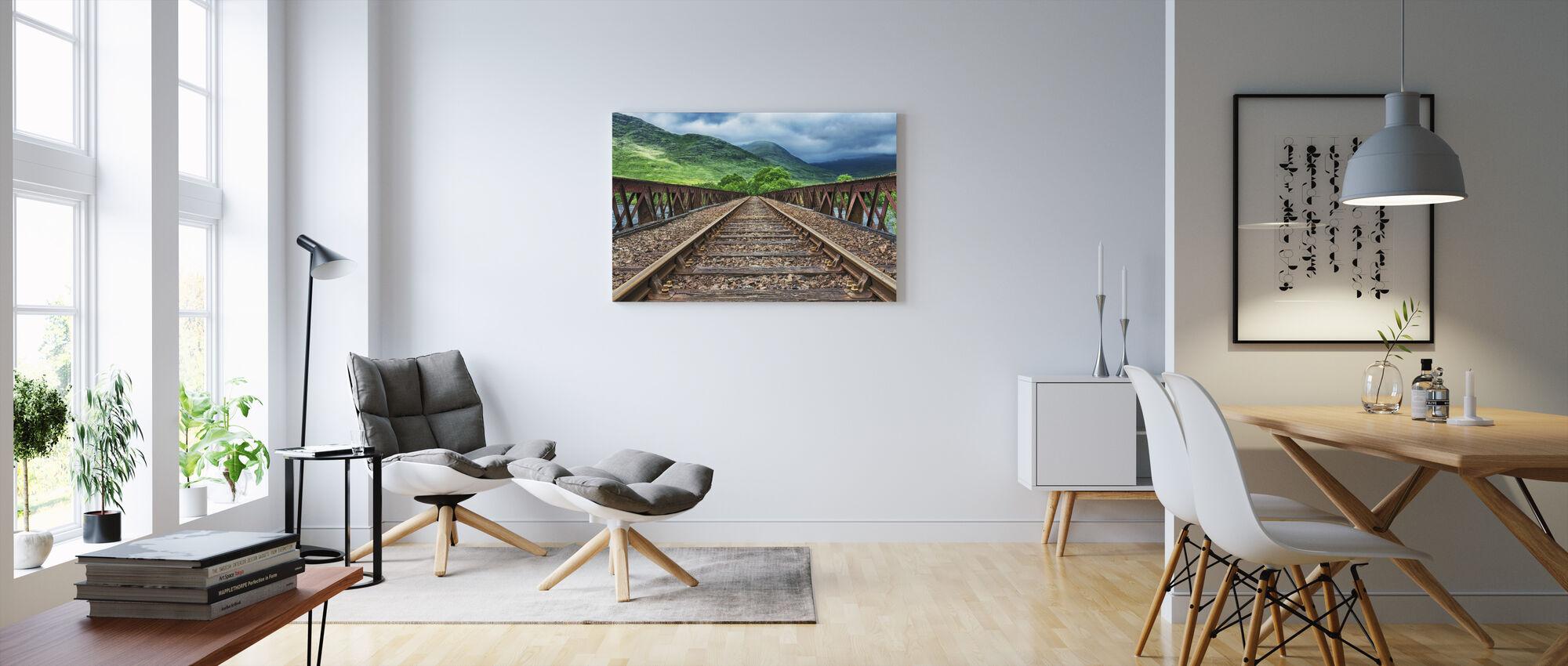 Jernbanebro spor - Billede på lærred - Stue