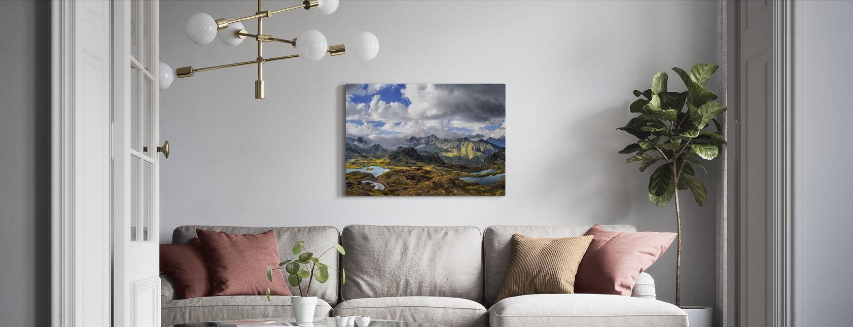 Sneeuwmeer Highlands - Canvas print - Woonkamer