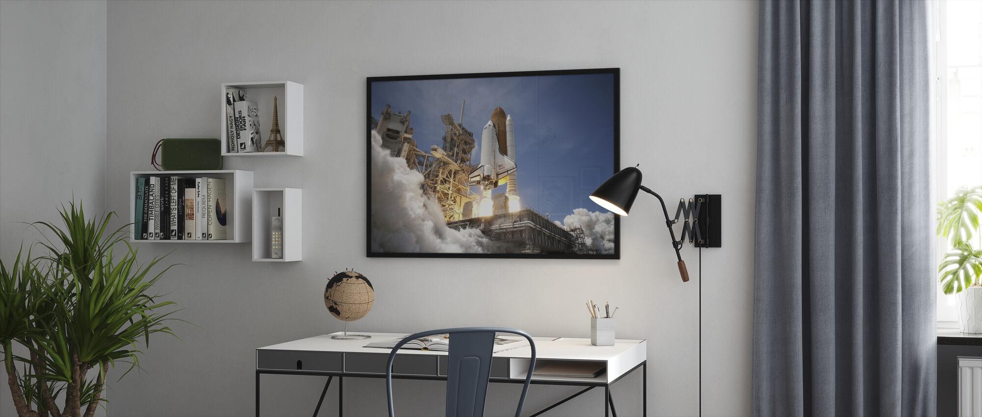 Space Shuttle - Framed print - Office