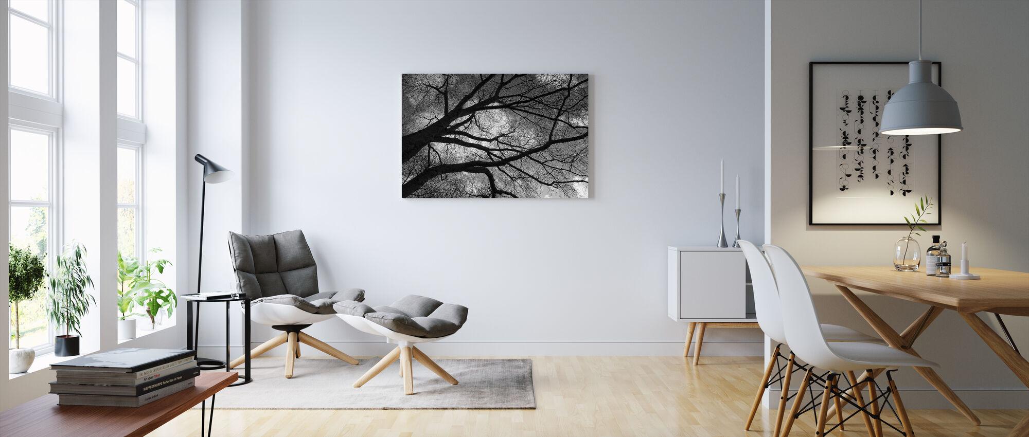Tumma talvi Puu - Canvastaulu - Olohuone