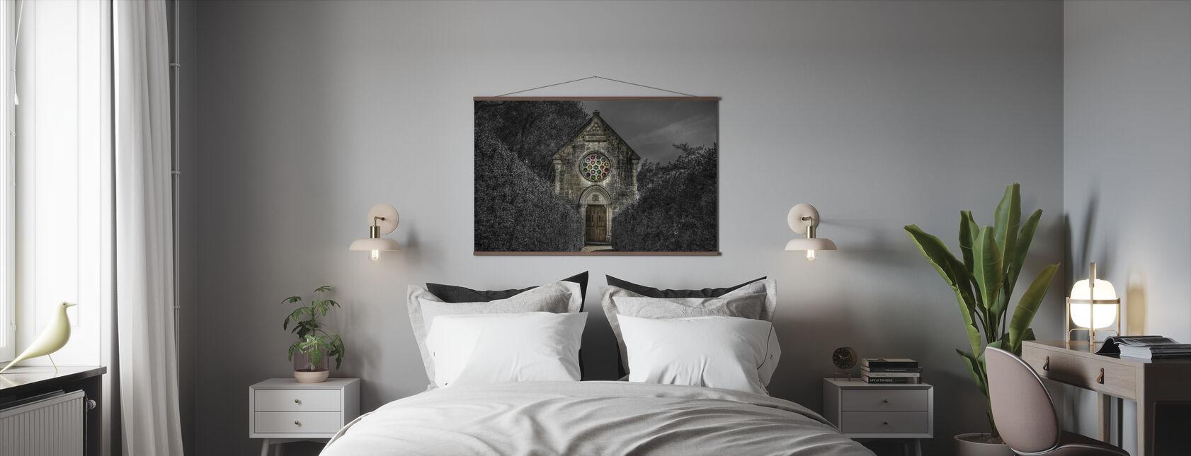 Pelottava kirkko - Juliste - Makuuhuone
