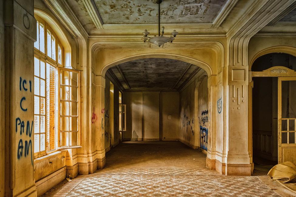 Kuva Abandoned Place Tapetit / tapetti 100 x 100 cm