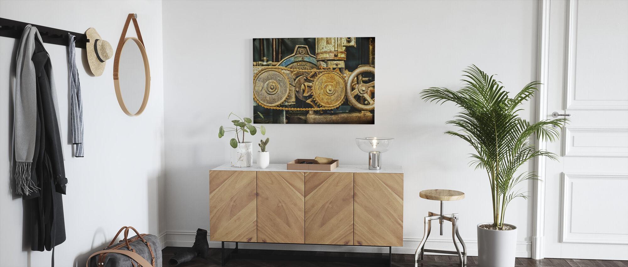Machine Chain Gear - Canvas print - Hallway