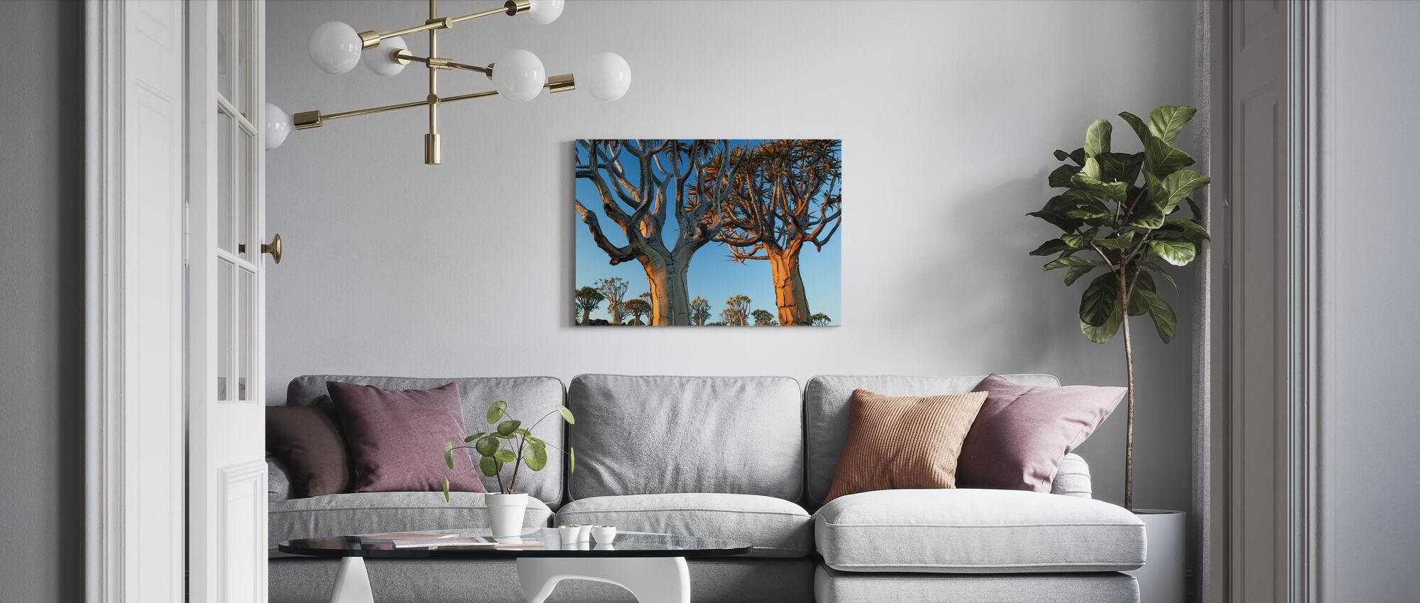 Kijpbomen in Namib woestijn - Canvas print - Woonkamer