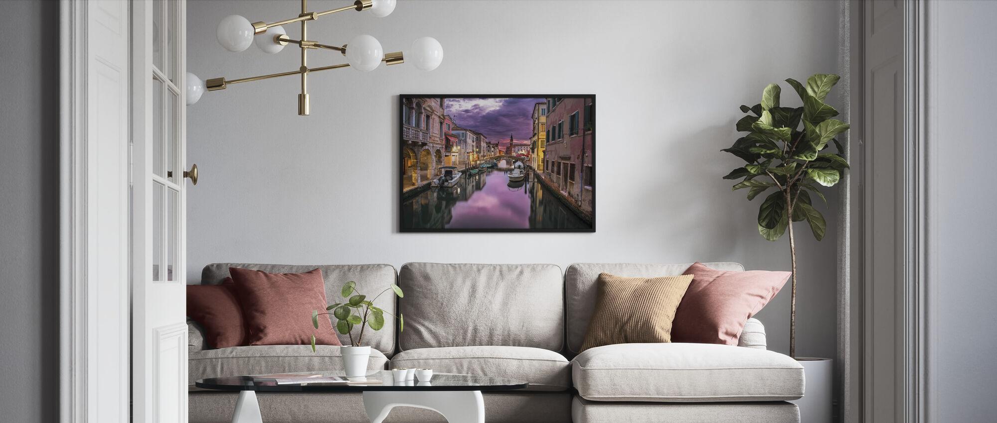 Kanal i Venedig - Inramad tavla - Vardagsrum