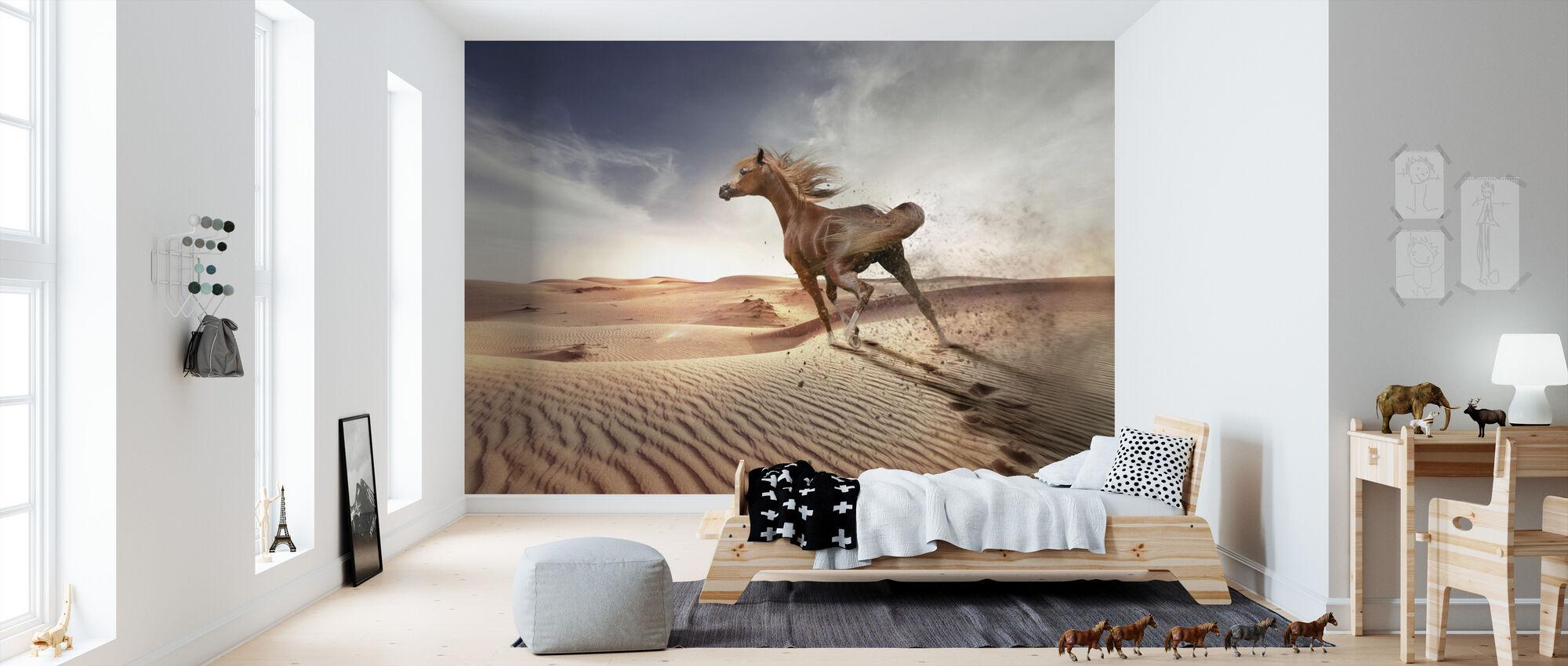 Running Paard in de woestijn - Behang - Kinderkamer