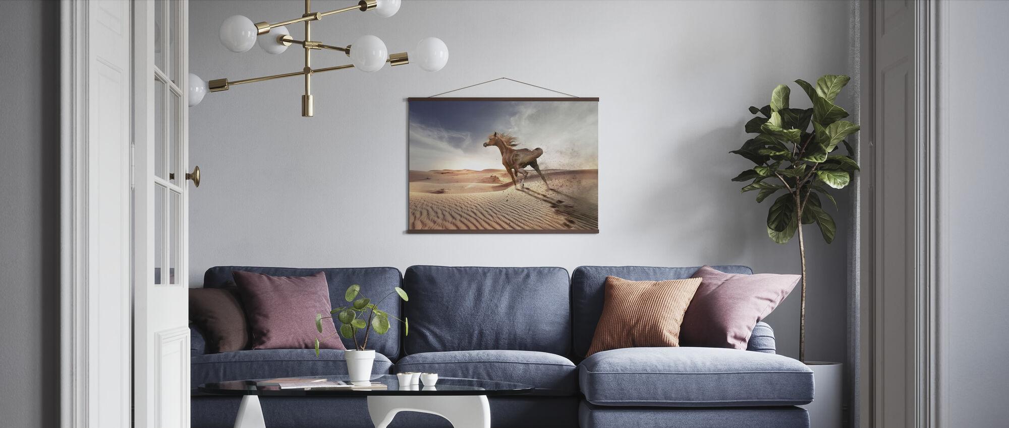 Running Paard in de woestijn - Poster - Woonkamer
