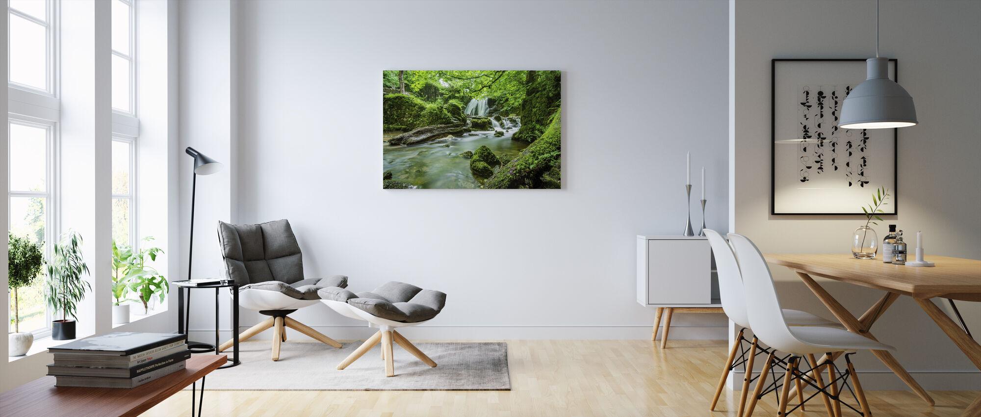 Vattenfall Stream - Canvastavla - Vardagsrum