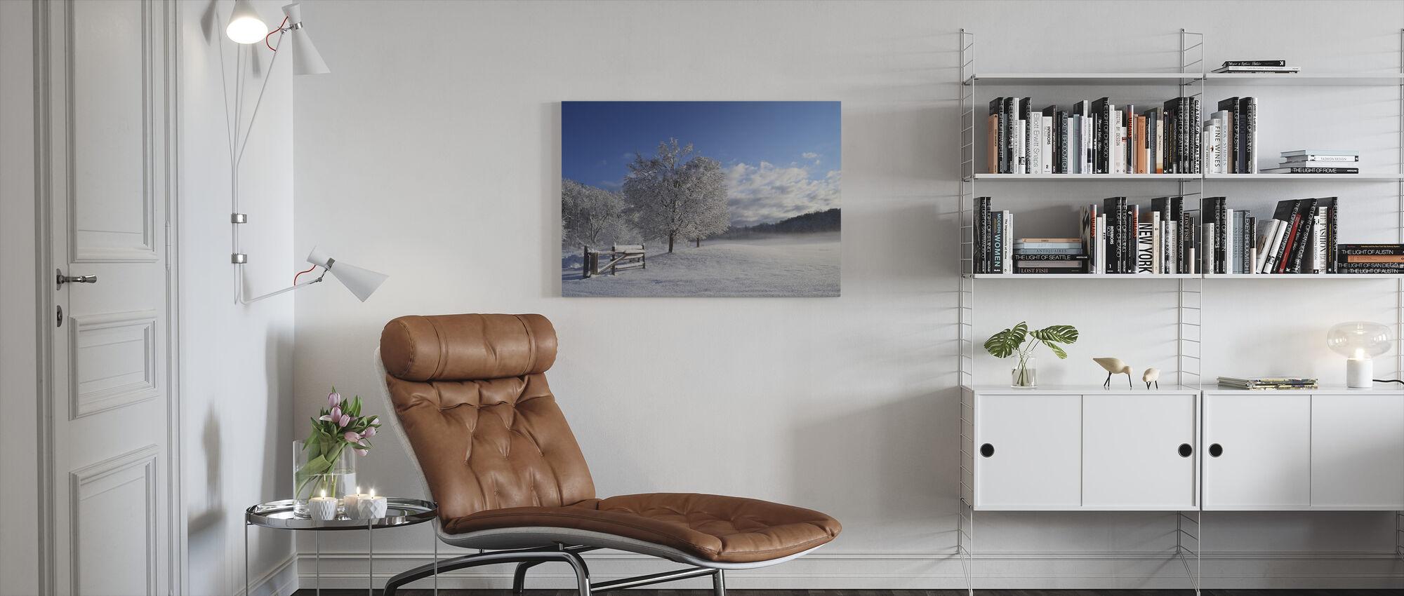 Schneebedeckter Baum - Leinwandbild - Wohnzimmer